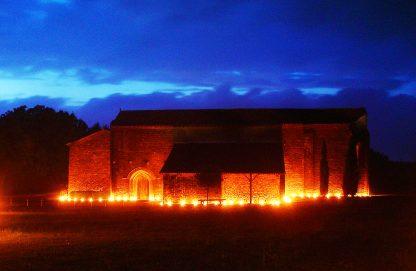 illumination bougie extérieur Prieuré de Grammont v2